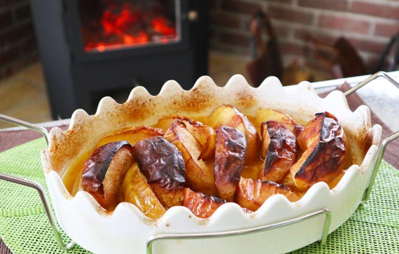薪ストーブ りんごのシナモン焼き 完成