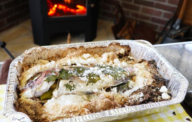 薪ストーブ 鯛の塩窯焼き 完成