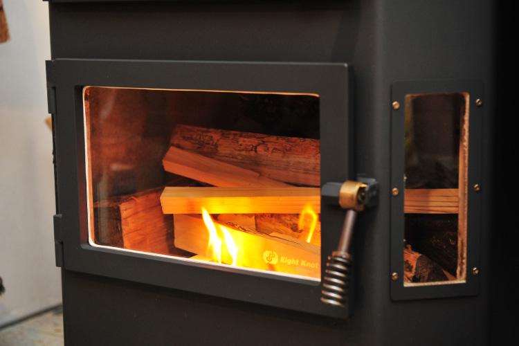 薪ストーブ 焚き付け 着火3