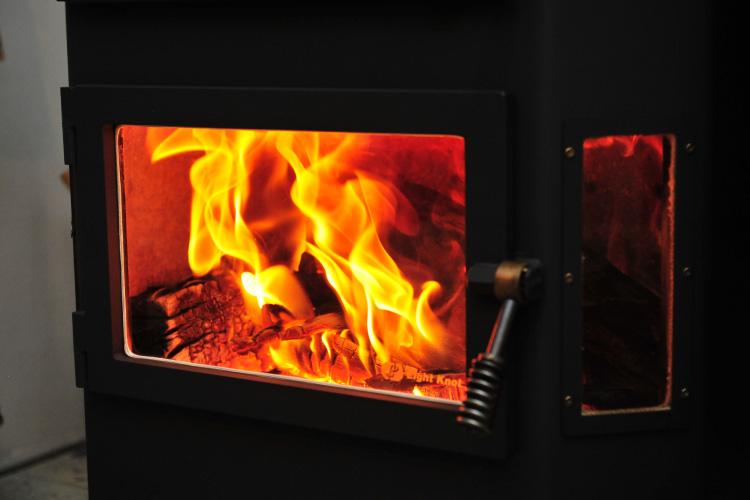薪ストーブ 焚き付け 着火6