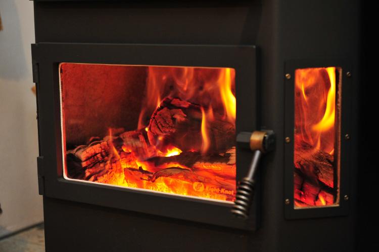 薪ストーブ 焚き付け 着火7