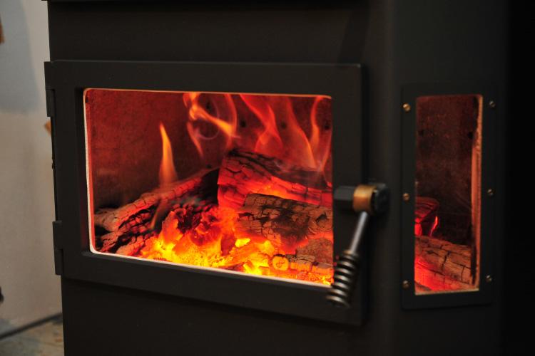 薪ストーブ 焚き付け 着火8